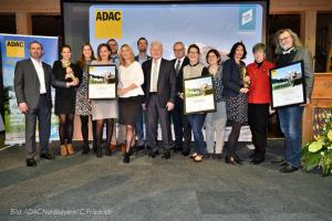 """dwif: """"Wald erFahren Spessart-Mainland"""" Gewinner des ADAC Tourismuspreises Bayern 2019 – Dr. Manfred Zeiner Jurymitglied (© ADAC Nordbayern/ C. Friedrich)"""