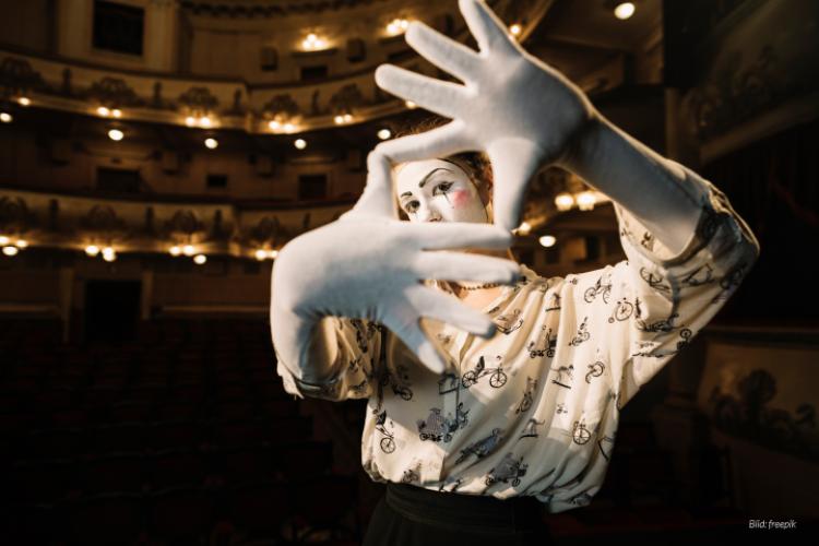 dwif-Besucherbefragung: Immer mehr Theaterhäuser möchten mehr über ihre Nachfrager wissen. (Bild: freepik)